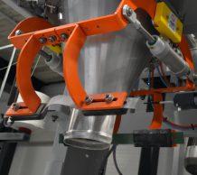 Maschine zur Befüllung der Backmischung in die Gebindearten nach Wahl